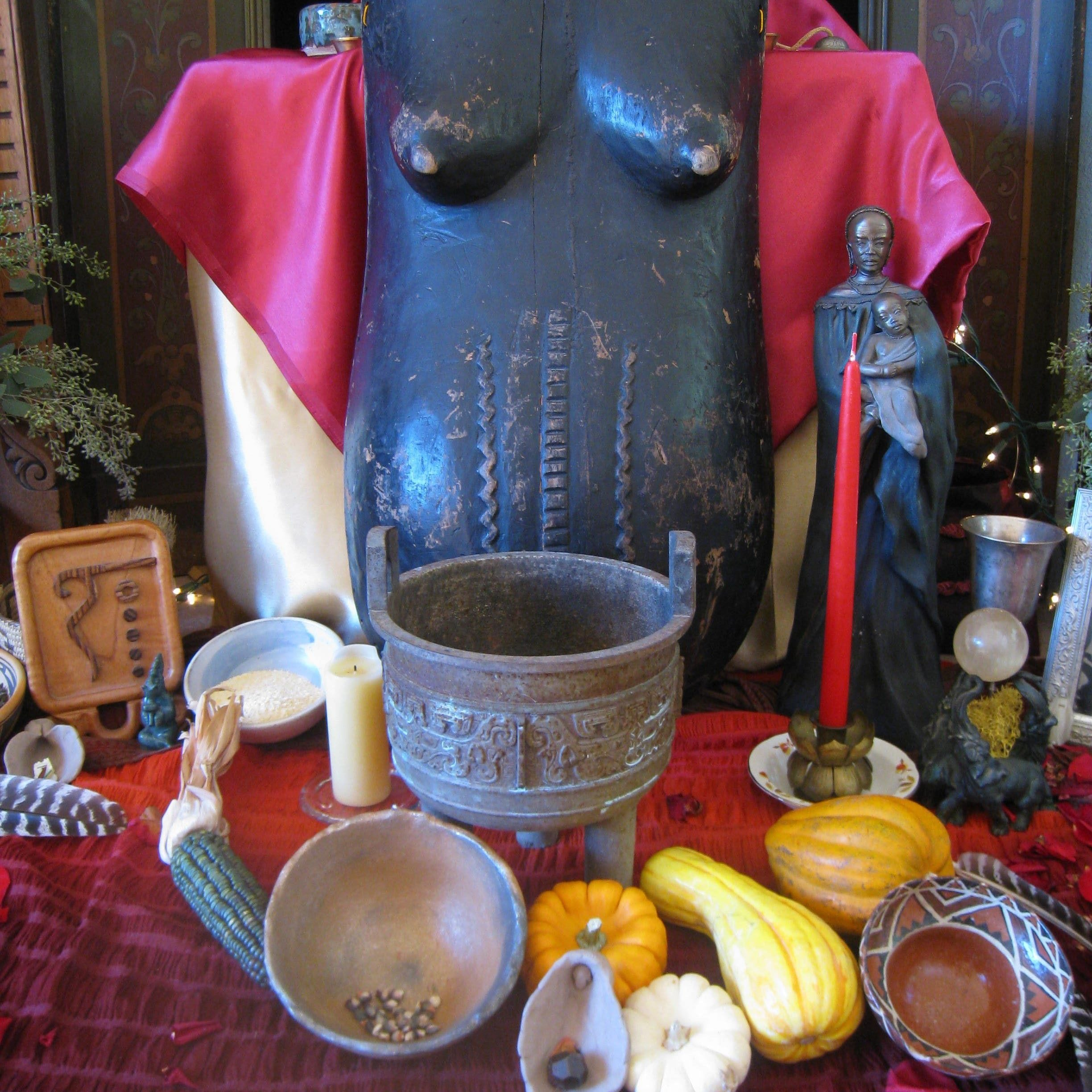 LWS Divine Mother Altar detail 1